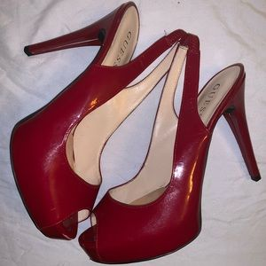 Guess Aerra Peep-Toe Platform Leather Pump in Red